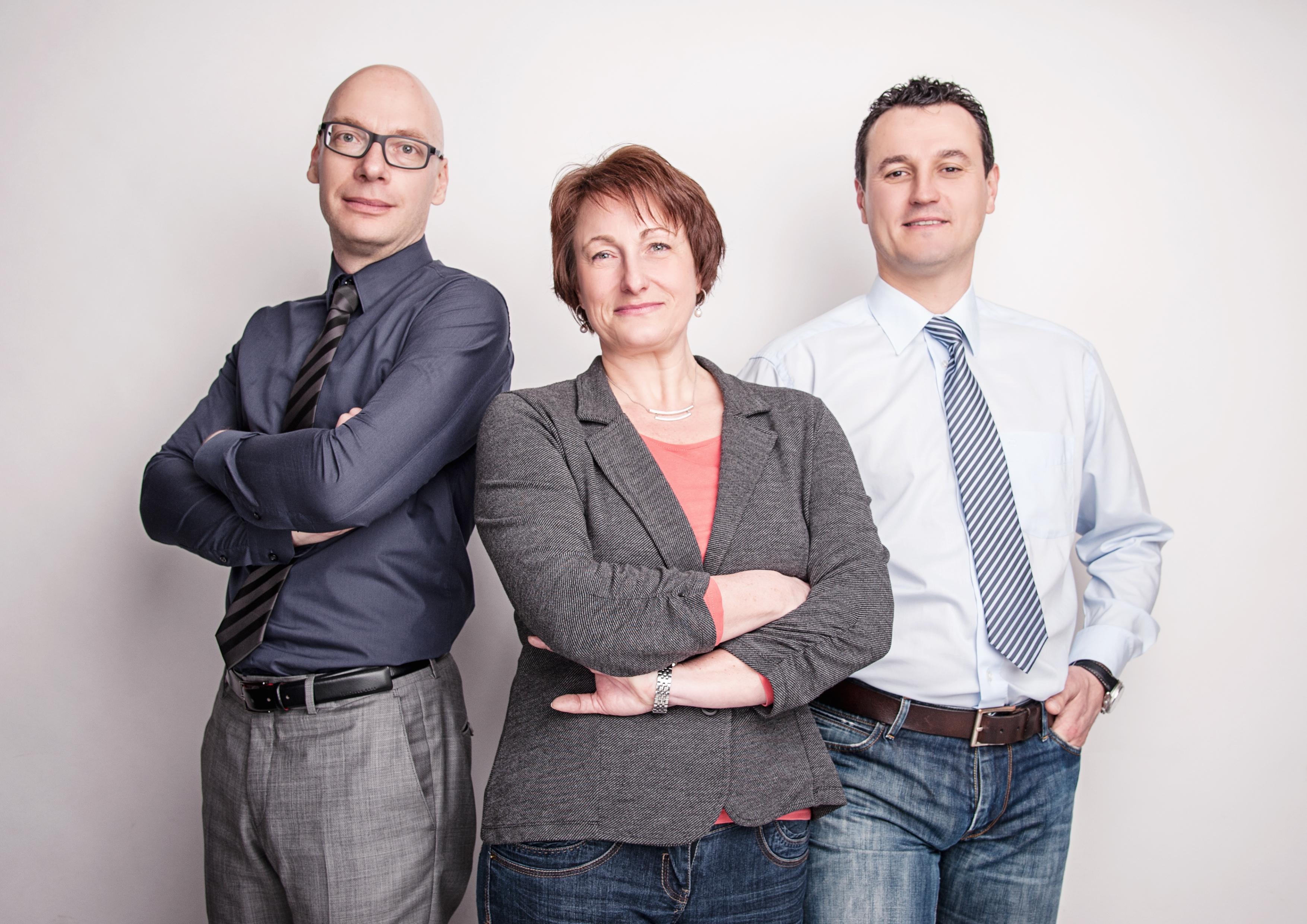 Michael Köllner – Vertriebsleiter, Angela Krah – Vertriebsleiterin Lichttechnik, Rolf Bormet – Geschäftsführer, Phoenix Mecano Digital Elektronik GmbH